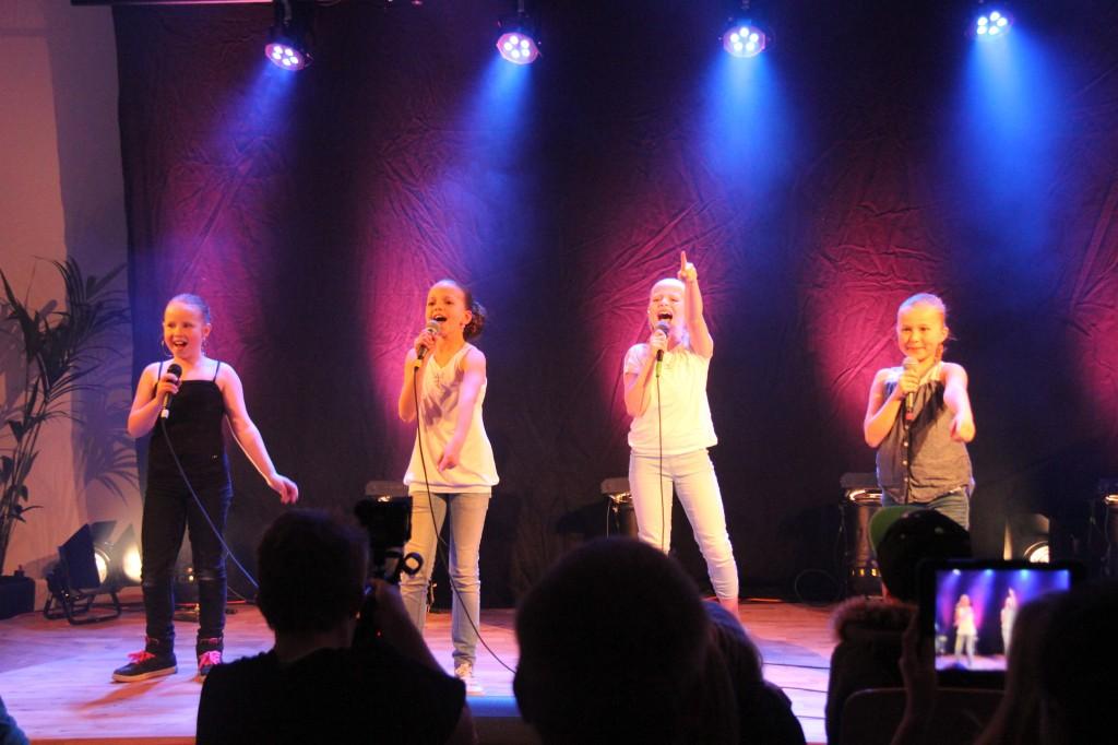 Gråbo Talangen 2014 #10 Emma, Katrin, Isabelle & Linnea - Kan det bli vi två (foto Johan Holst)