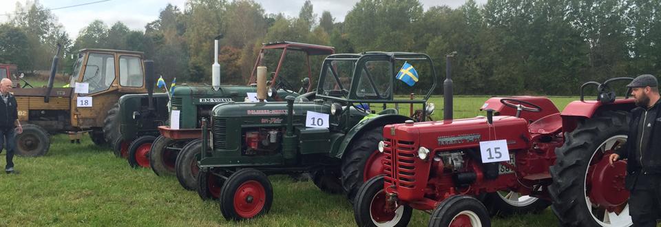 Veterantraktorplöjning i Hjällsnäs Gråbo 2015