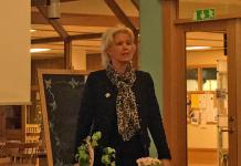 Eva Andersson (C) kommunalråd, belysning Sverigeleden